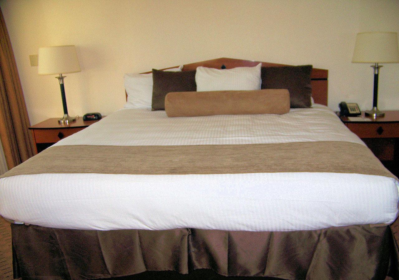 ghostbed mattress vs brooklyn bedding