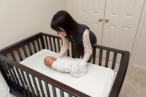 https://id2mattress.com/wp-content/uploads/2021/02/crib-mattress-baby.jpg